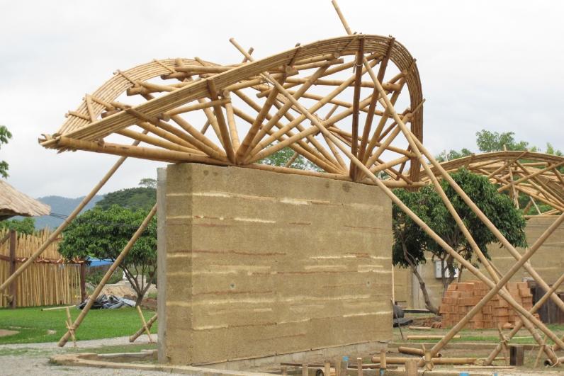 Rammed Earth and Bamboo at Panyaden School